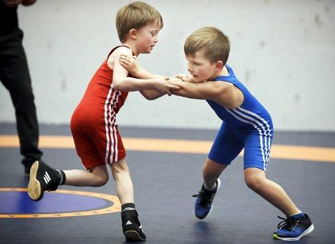 Debut: Marcus Knudtzon (til venstre) og Daniel Andersen Ohrvik er to debutanter i Braatt som fikk prøve seg på sin første kamp.