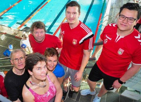 TØNSBERG-SVØMMERNE: Fra venstre: Trygve Wold, Toril Hansen, Stig Sølvberg, Tone D. Bergan, Stian Madsen og Terje Hellberg.