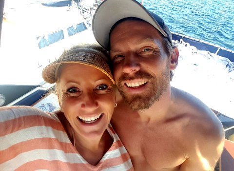 RYDDER OPP: Bianca og Espen Simonsen kvitter seg med hus og hage og flytter i båt.