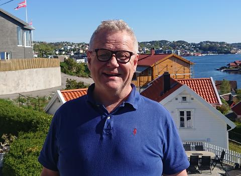 Eric Martinussen gleder seg til å ta fatt på rektorgjerningen på Songe skole.