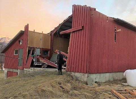 Ingen skadet: Knut Holien i Vang er sjeleglad for at ingen ble skadet da vegg og tak tok luftvegen. De materielle skadene blir reparert så raskt som mulig.