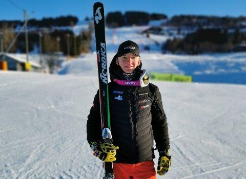 TO NM-SØLV: Jonas Buer tok sølv i både utfor og super-G under U21-NM i Hafjell og vant også super-G-rennet som ikke hadde NM-status.