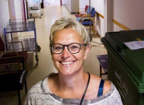 TILTAK: –  Dobbeltrom er ingen optimal løsning, men det er tross alt bedre for pasientene enn å ligge på gangen, sier prosessdirektør Liv Marit Sundstøl ved Sykehuset Østfold.