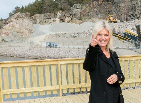 FORNØYD: Prosjektleder Kate Sandø i DNB Eiendom nybygg er fornøyd med salgsstarten på Spro havn.