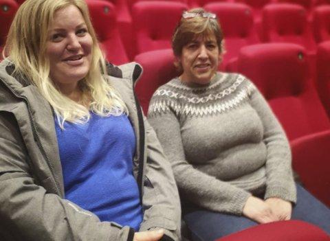 ARRANGERER: FAU på Risør ungdomsskole arrangerer til uka et stort foreldremøte på Risørhuset. Årsaken til at foreldrene selv gjør dette er fordi det offentliges forebyggende arbeid står til stryk, hevder FAU-leder Vanja Egeland (t.v.). Her sammen med Anja Norheim.Foto: hpb