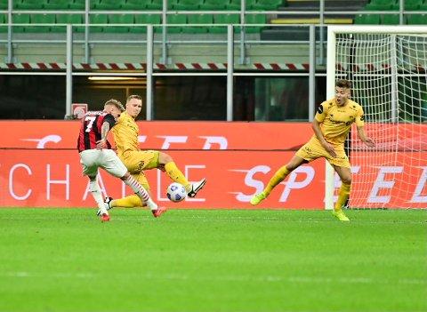 Marius Lode og Fredrik André Bjørkan fikk en del å jobbe med mot verdensstjernene til AC Milan.