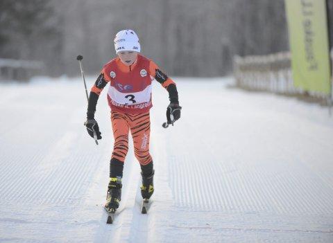 Rask: Elias Bjørnstad stormet i mål som den aller første løperen når den lokale langrennssesongen endelig kunne starte søndag. Alle foto: Stian Høgland