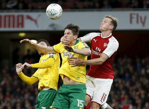 Norwich City får tilbake Timm Klose (t.v.) til kampen mot Cardiff.