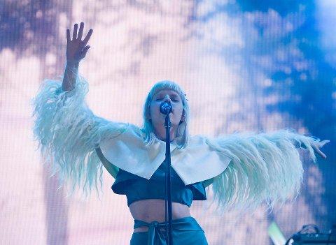 Aurora var en av rekordmange lokale artister som opptrådte på Bergenfest 2017.
