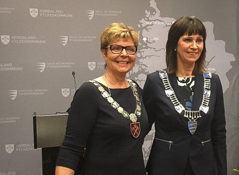 SAMANSLÅING: Hordaland og Sogn og Fjordane slår seg saman. Her er dei to noverande fylkesordførarane, Anne Gine Hestetun (Ap/H) og t.h. Jenny Følling (Sp/S&Fj).