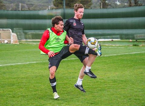 Må vente: Anders Holberg får ikke mulighet til å stoppe Rino Falk Larsen og FFK i onsdagens cupbatalje på Fredrikstad Stadion. Her fra en trening på La Manga der