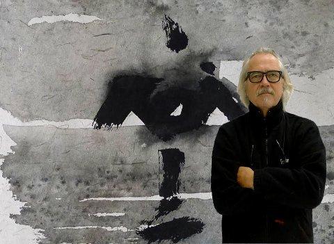 KOMMER TIL FREDRIKSTAD: Ole Lislerud er en norsk bildekunstner og kunsthåndverker.  Han har utført en rekke utsmykningsoppdrag rundt om i Norge, og regnes som en nestor blant nålevende norske keramiske kunstnere. Lørdag åpner han sin utstilling i Fredrikstad.