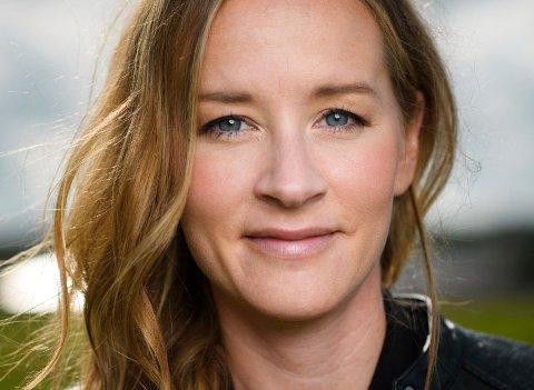 Stina Jacksons debutbok «Sølvveien» ble ikke bare utnevnt til Årets beste krim i 2018 og tildelt Glassnøkkelen for beste nordiske krim i 2019, men svenske lesere stemte den også frem til Årets bok 2019. Nå er oppfølgeren «Ødemark» ute på norsk.