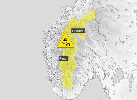 Meteorologene har sendt ut gult farevarsel for vanskelige kjøreforhold i fjellet fra lørdag kveld til søndag morgen.