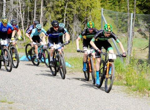 Erik Hægstad i teten ut fra start. Han ledet norgescuprittet helt til en punktering ødela.