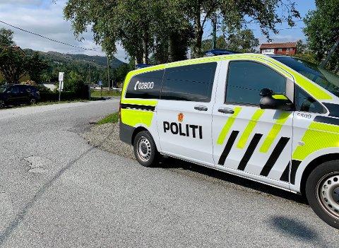 SINGELULYKKE: Politiet fikk melding om en mopedulykke ved Grinde tirsdag ettermiddag.
