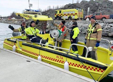 SISTE LAG UT: Det var et fornøyd vaktlag i Alta brann- og redningskorps som hadde fullført opplæringen på deres siste beredskapstilskudd.
