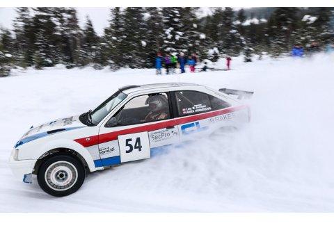 Med å kjører: her kjører Anita og Lars Morten