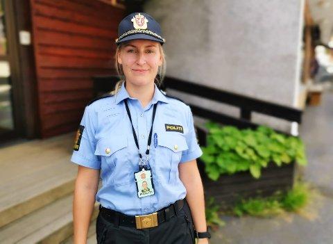 HJEMME IGJEN: Ingrid Helene Tufto fikk jobben som politibetjent i Nore og Uvdal blant over 100 søkere. Hun er glad for å endelig være tilbake i hjembygda, etter åtte år i Drammen.