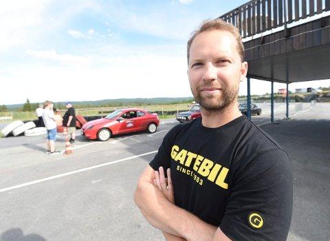 JOBBER VIDERE: Prosjektleder Henrik Frisak jobber videre med Telemark Ring - selv om fylkespolitikerne denne gangen ikke hadde penger å bidra med.