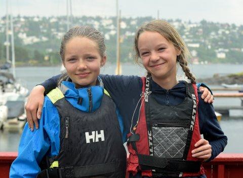 SAMMEN FOR NORGE: Ana Emilie Winther og Vilde Andrea Blydt Aarnæs ser frem til å seile med flagget på brystet i Nordisk Mesterskap.