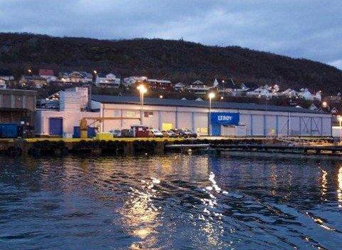 FÅR MILLIONER: Skjervøy kommune er hovedsetet for Lerøy Aurora, og får et stort tilskudd til kommunekassa når oppdrettsaktiviteten øker. 41 millioner er på vei inn i kommunekassa.