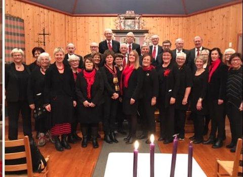 HADELANDSTUR: Søndre Land kirkekor gleder seg til konsert med Mannskoret KK i Nicolaikirken i Gran.