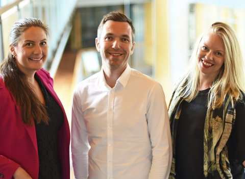 Nye ansikter: Marte Ruud Sandberg (t.v.) er en av tre nye medarbeidere i Telenor Norges kommunikasjonsavdeling. De to andre er Marius Tetlie og Caroline Lunde.