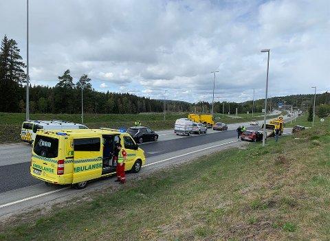 To biler var involvert i ulykken på E6 søndag ettermiddag.