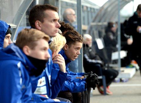 BLIR: Isak Løvlund (til høyre) har bestemt seg for å bli i Nybergsund, og er dermed den første spilleren som er klar for en ny sesong i 3. divisjonsklubben.