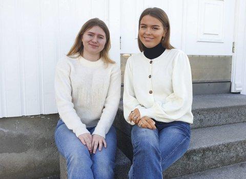 RUSSEFEIRING: Julie Holm og Petra Breistøl ble russepresidenter på Nøtterøy fordi de ville bidra med å gjøre russetida til en god opplevelse for til sammen 160 russ på øya.