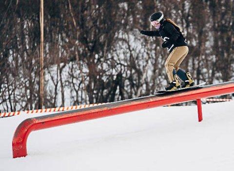 Live Kampesæter i aksjon på snowboard. 14-åringen har imponert alle med sin innsats den siste sesongen.