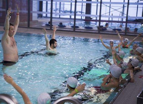 FRA TREDJEKLASSE: Svømmeopplæring kan igjen være tilbake i tredjeklasse.
