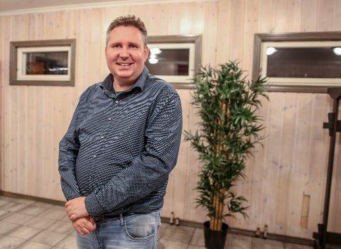 Jan-Helge Veidahl (44) mistet kontakten med flere da han fikk et navn på sykdommen sin. - Det er ikke viktig for meg hva det heter, bare vi kan være åpne og snakke om det, sier han.