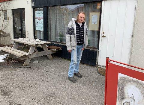 - Varmestua er liksom knutepunktet for meg, så jeg er glad den er åpen igjen, sier Steinar Molvik.