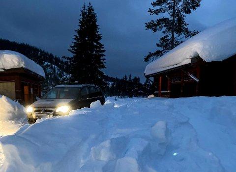 INNBRUDD: I tidsrommet mellom 17. januar og 4. februar har det vært ubudne gjester på hytta til Norsk Folkehjelp Gransherad på Tjønnstul. Foto: Privat