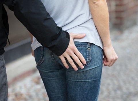 ENDRET VANER: En ny undersøkelse viser at mens 83 prosent av norske kvinner sier de ikke har endret sin egen oppførsel etter metoo, er tallet 68 prosent hos mennene.