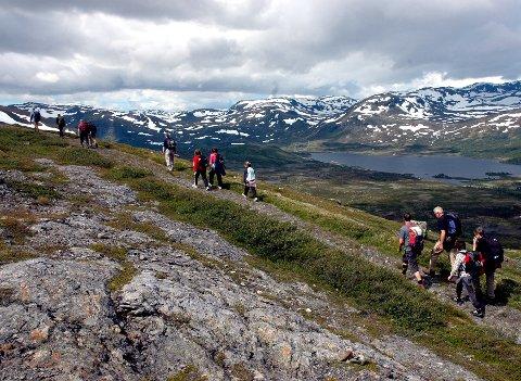 Norgesferie: Regjeringa fraråder utenlandsreiser denne sommeren, og mange vil trolig ta ferien innenlands i år.