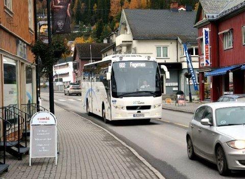 Frå 2016: Trønderbilene starta si operatørverksemd i Valdres 1. juli 2016.