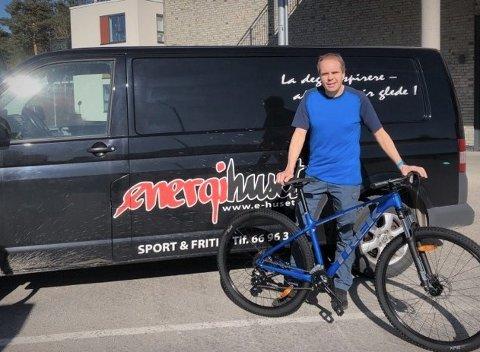 NYE TILBUD UNDER KORONAKRISEN: Sportsbutikken Energihuset Sport og Fritid henter og leverer sykler til dem som trenger reparasjon og hjelp til vedlikehold.