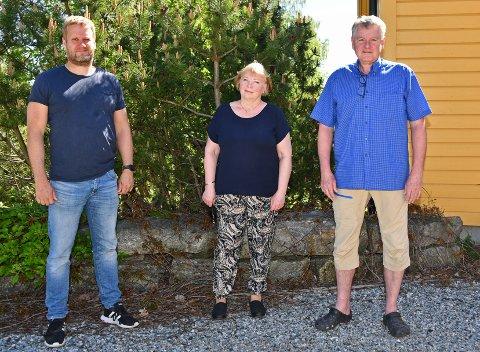 F.v: Trond Tjerbo, Hanne Ree-Linstad og Håkon Høy fra Berger på Nesodden har sett seg lei på russestøy fra Hvervenbukta og Ingierstrand på motsatt side av Bunnefjorden. Nå håper de at noe kan gjøres med problemet.