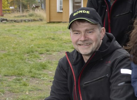 Melkebonde Leif Sverre Løkken var riktig svar i første del av «Hvem er bonden?»