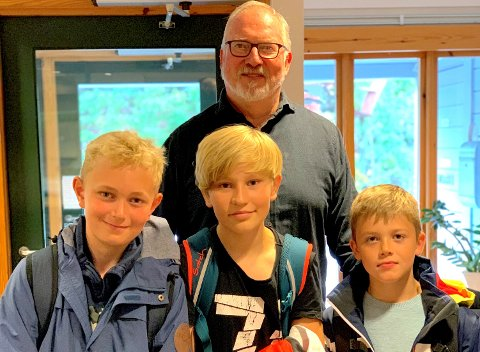 Fra  venstre. Magnus Beisland Haugen, Noah Holdø Skomakerstuen, og Theodor Ausland Moe. Alle fra 6. klasse