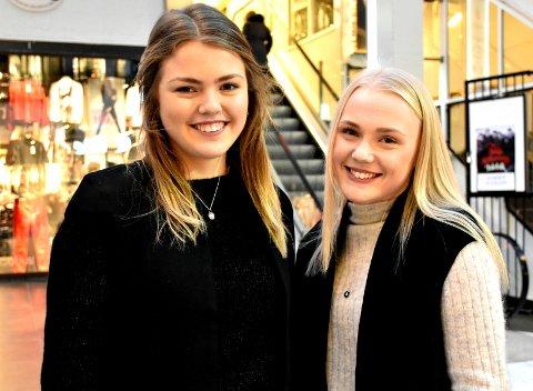 Jentene Anne Solberg og Marte Vian Stad gir alt overskuddet til Kreftforeningen.