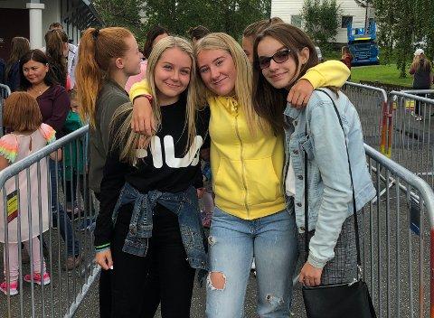 Allsang: Tuva Tolke Drageide (14), Maria Tverå (14) og Silje Heffermehl (14) gleder seg til å synge med for full hals. De gleder seg mest til Petter Katastrofe kommer på scenen, for da lover Fauskejentene allsang.