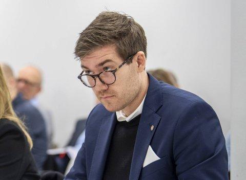 Thor Haakon Bakke er ikke spesielt imponert over samferdselsdepartementet.