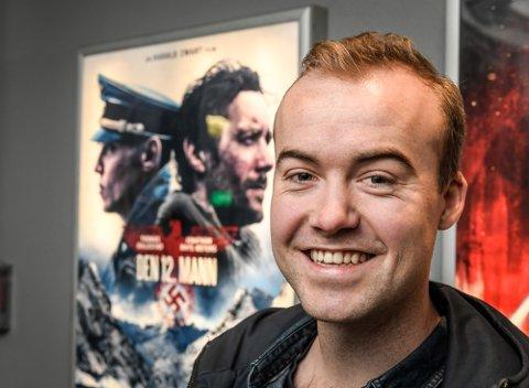 SKUESPILLER: Håkon Thorstensen Nielsen har spilt i Den 12. mann, nå spiller han i Oljefondet.