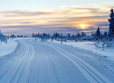 MASSE SNØ: Slike forhold venter hytteeiere som skal feire jul i fjellet, her fra Sjusjøen.
