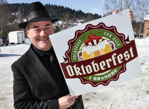 GLEDER SEG: Eldar Vågan gleder seg til oktoberfest i Brandbu. Eller lettølfestivalen, som han kaller det.