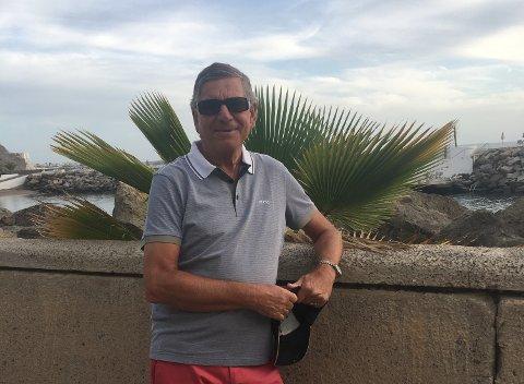FERIEFAST: Edvard «Eddie» Sternhoff er koronafast på Gran Canaria med kona.